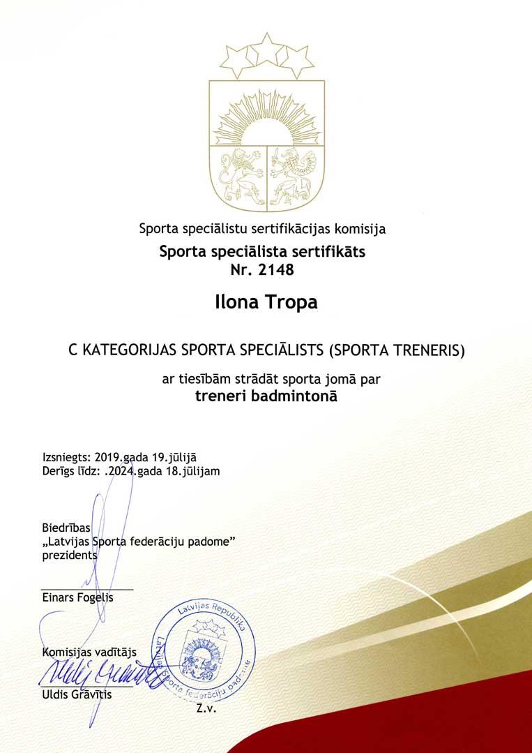 ilona tropa trenera sertifikats badmintons 2019